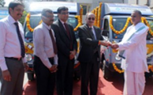 SBI Mutual Fund donates two meal distribution vehicles