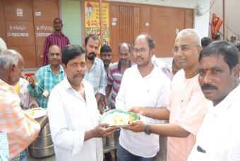 Providing meals to residents of cyclone hit Srikakulam district