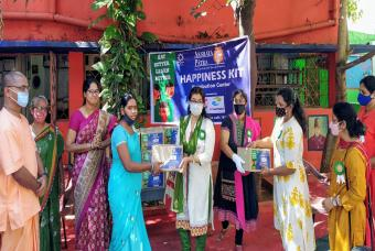 HPCL Sampark enabled this Happiness Kit distribution drive