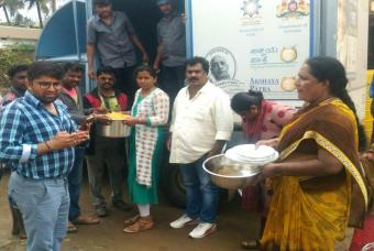 Akshaya Patra delivers food to flood-affected people in Coorg