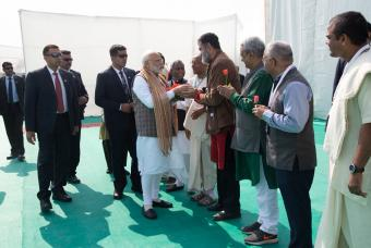 Shri Mohandas Pai, Indpendent Trustee, shares a warm moment with Shri Narendra Modi