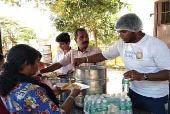 Akshaya Patra serving food and water to flood-affected people