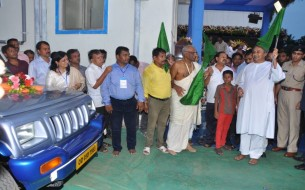 The inauguration was followed by the flagging off of the delivery vehicles