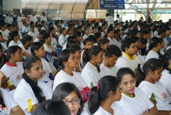 More than 1,000 students from reputed colleges and educational institutions enthusiastically participated in the cleanliness drive
