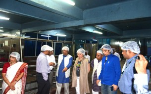 Prof. Muhammad Yunus & other dignitaries touring the Hubballi Kitchen