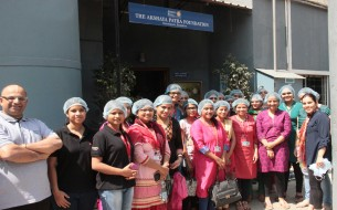 SanDisk Employees Volunteer at Akshaya Patra's Vasanthapura Kitchen