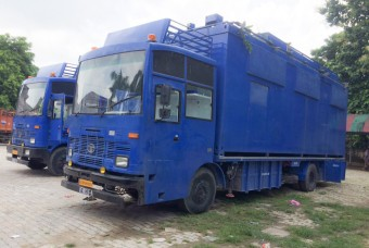 Kitchen on wheels, a mobile kitchen designed to support disaster-relief efforts