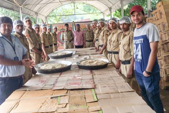 Volunteers from NCC and NSS participate in the flood-relief efforts