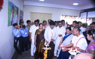 Lighting of the lamp ceremony at Akshaya Patra Surat