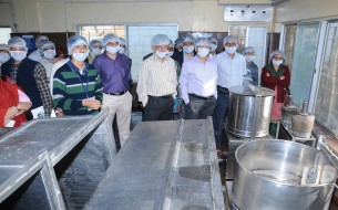 Workshop Participants visit VK Hill kitchen